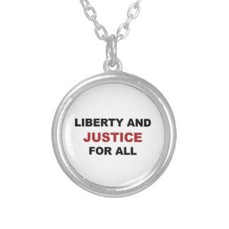 Colar Banhado A Prata Liberdade e JUSTIÇA para tudo