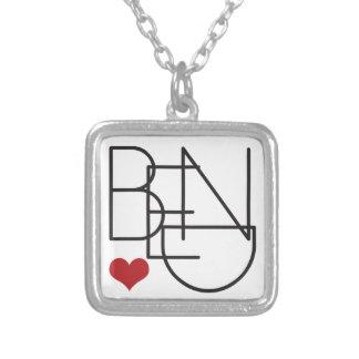 Colar Banhado A Prata Logotipo do coração da palavra de Oregon da