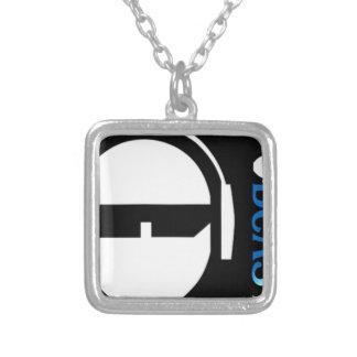 Colar Banhado A Prata Logotipo do TSP