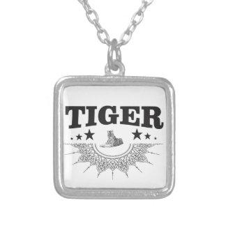 Colar Banhado A Prata logotipo extravagante do tigre