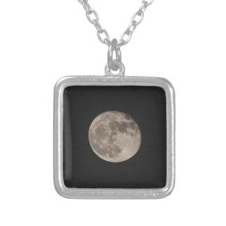 Colar Banhado A Prata Lua