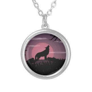 Colar Banhado A Prata Lua cheia do lobo