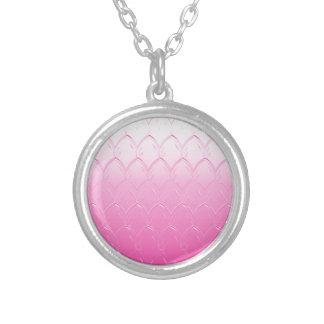 Colar Banhado A Prata Luz às escalas cor-de-rosa escuras