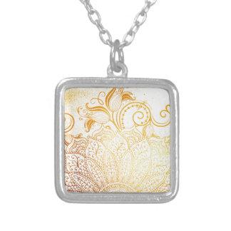 Colar Banhado A Prata Mandala - escova dourada