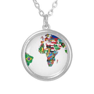 Colar Banhado A Prata Mapa do mundo embandeirado das bandeiras do mundo