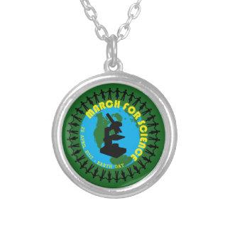 Colar Banhado A Prata Março para a ciência - Dia da Terra - 22 de abril