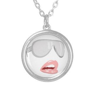 Colar Banhado A Prata Máscaras bonito & lábios