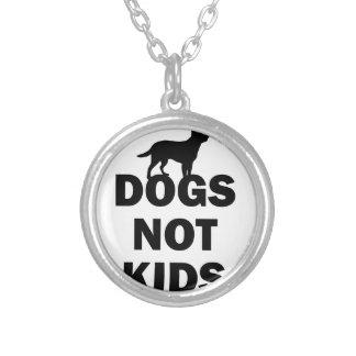Colar Banhado A Prata Miúdos dos cães não