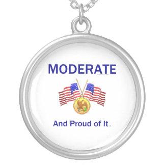 Colar Banhado A Prata Moderate orgulhoso do T
