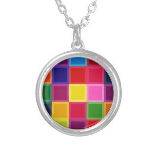 Colar Banhado A Prata Multi quadrados e listras coloridos femininos