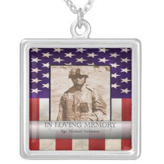 Colar Banhado A Prata Na foto militar da memória Loving personalizada