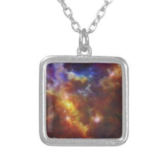 Colar Banhado A Prata Nebulla abstrato com a nuvem cósmica galáctica 37