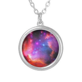 Colar Banhado A Prata Nebulosa abstrata da nuvem de Magellanic