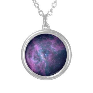 Colar Banhado A Prata Nebulosa azul do espaço