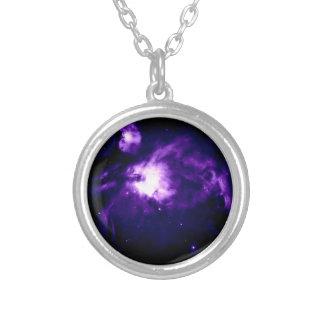 Colar Banhado A Prata Nebulosa roxa de Orion: Galáxia