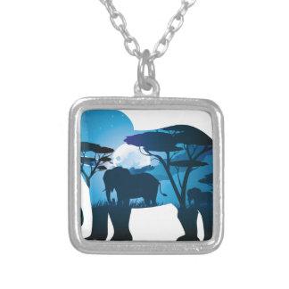 Colar Banhado A Prata Noite africana com elefante 6