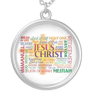COLAR BANHADO A PRATA NOMES DO NOME DE JESUS SOBRETUDO