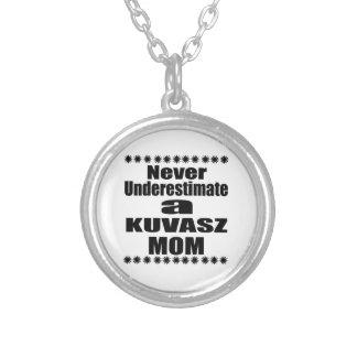 Colar Banhado A Prata Nunca subestime a mamã de KUVASZ