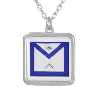 Colar Banhado A Prata O avental do mestre do Freemason