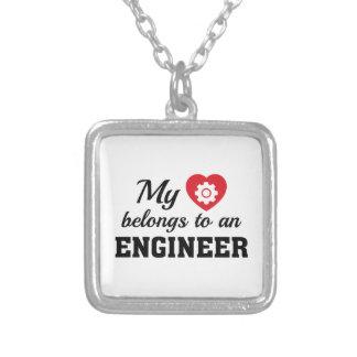 Colar Banhado A Prata O coração pertence engenheiro