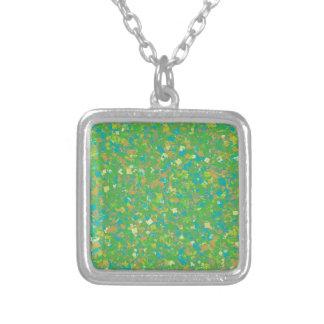 Colar Banhado A Prata O MODELO verde elegante dos confetes adiciona o