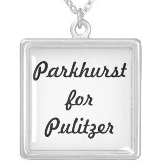 Colar Banhado A Prata O Parkhurst para o pendente de Pulitzer