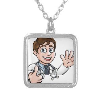 Colar Banhado A Prata O sinal do doutor personagem de desenho animado