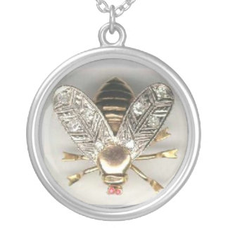 Colar Banhado A Prata O vintage Bumble a jóia da abelha