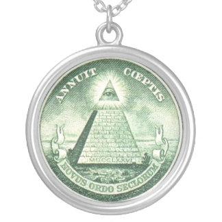 Colar Banhado A Prata Olho da pirâmide - pendente