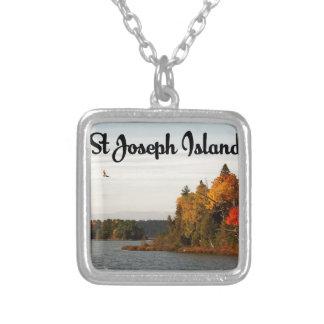 Colar Banhado A Prata Opinião do lago island de St Joseph