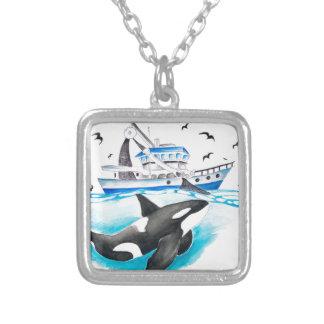 Colar Banhado A Prata Orca e o barco