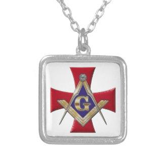 Colar Banhado A Prata Ordem sagrado da fraternidade