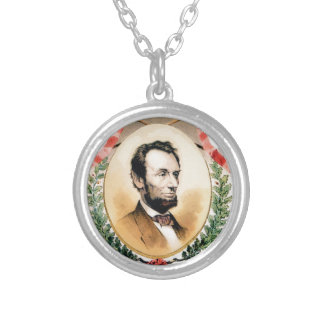 Colar Banhado A Prata Oval de Abe