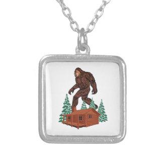 Colar Banhado A Prata Paraíso de Bigfoot