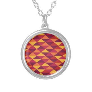 Colar Banhado A Prata Pattern Triangles Orange - Padrão vermelho