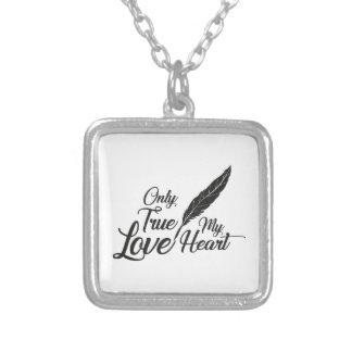 Colar Banhado A Prata Pena verdadeira do amor da ilustração