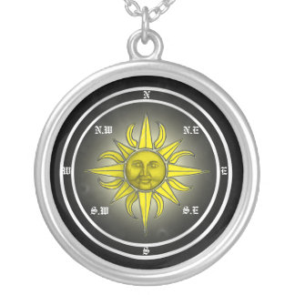 Colar Banhado A Prata Pendente do compasso de Sun
