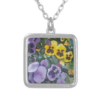 Colar Banhado A Prata Pendente floral do amor perfeito