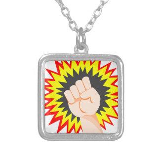 Colar Banhado A Prata Perfurador da energia do poder do braço da força