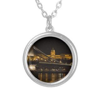 Colar Banhado A Prata Ponte Chain com castelo Hungria Budapest de Buda