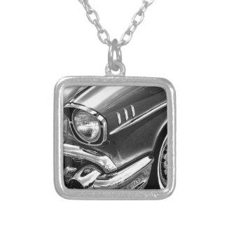 Colar Banhado A Prata Preto 1957 & branco do Bel Air de Chevrolet