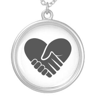 Colar Banhado A Prata Preto conectado amor