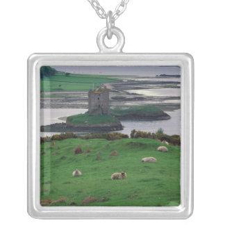 Colar Banhado A Prata Reino Unido, Scotland, ilha de Skye, velha