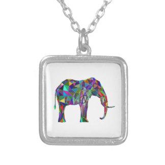 Colar Banhado A Prata Renascimento do elefante