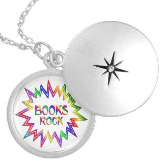 Colar Banhado A Prata Rocha dos livros