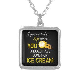 Colar Banhado A Prata Se você quis um macio servir o sorvete - voleibol