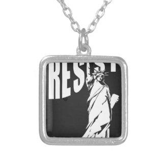 Colar Banhado A Prata senhora-liberdade-resista