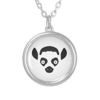 Colar Banhado A Prata Silhueta da cara do Lemur