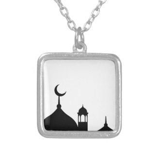 Colar Banhado A Prata Silhueta da mesquita