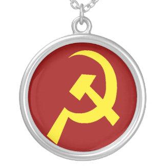 Colar Banhado A Prata Símbolo da foice do martelo de URSS